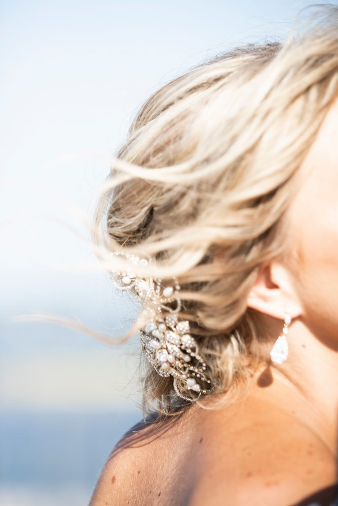 Hair details on wedding day.