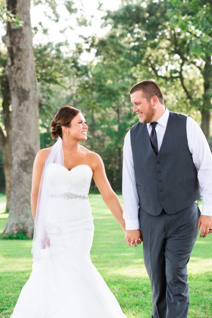 Spring wedding couple.